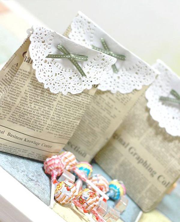 papelmanualidades-acon-papel-de-periodico-bolsas-de-regalo
