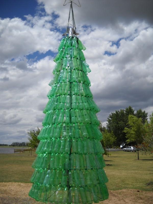 Rboles de navidad con materiales reciclados caseros - Como hacer un arbol de papel grande ...