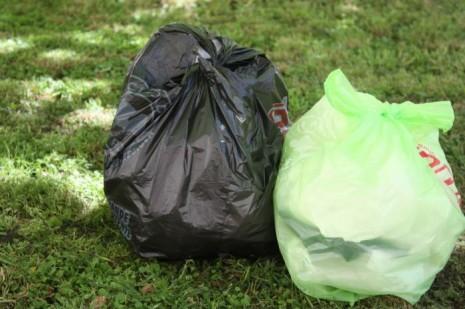 20121029-alertan-sobre-uso-de-bolsas-no-degradables-en-capital-federal