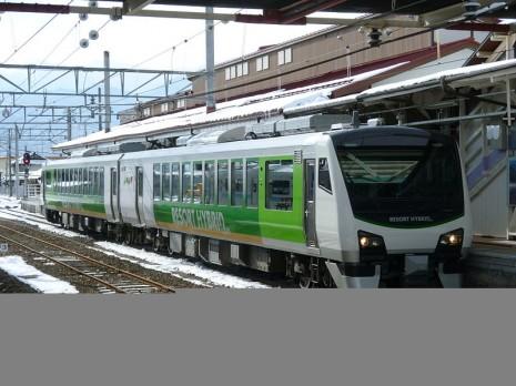 800px-HB-E300kei-2
