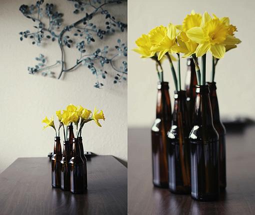Convierte-tus-botellas-de-vidrio-en-jarrones-decorativos