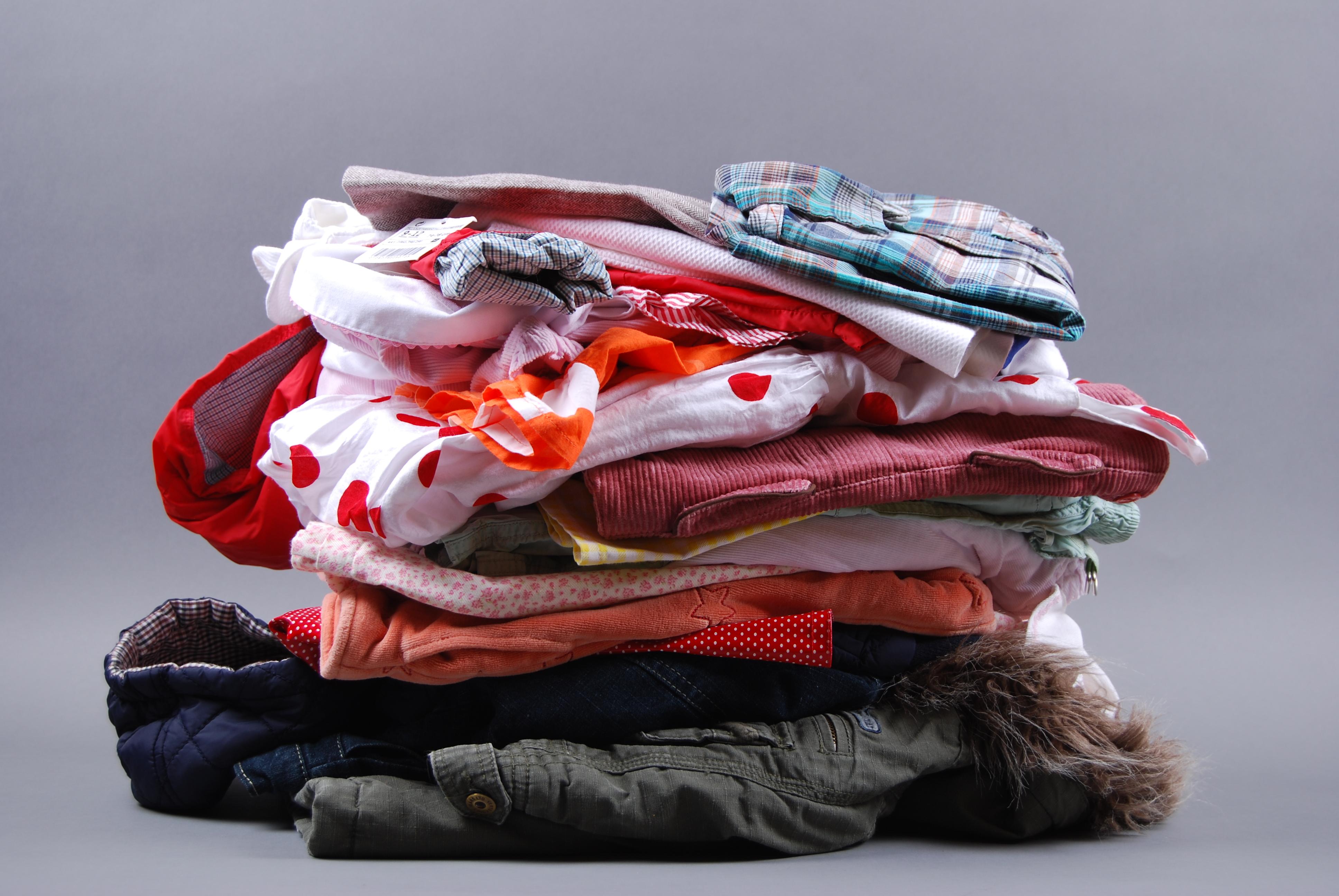 monton-ropa-quiquilo