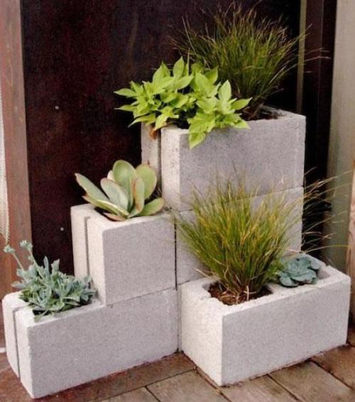 Maceteros-con-ladrillos-de-concreto-1