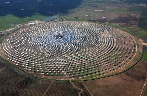 vista_aerea_de_la_planta_solar_gemasolar_01_enero_2011