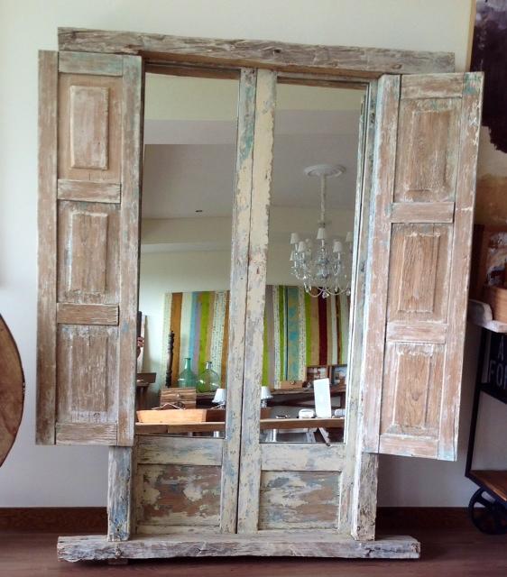 66 ideas originales ventanas y puertas recicladas for Puertas recicladas para decorar