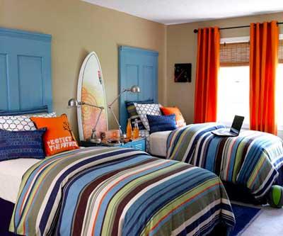 ventanascabeceros-de-cama-hechos-con-puertas-viejas