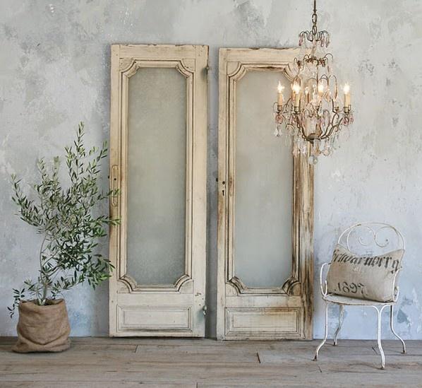 66 ideas originales ventanas y puertas recicladas for Espejos con formas originales
