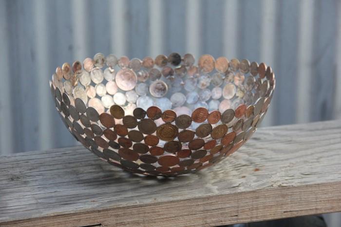 metalesculturas-metal-reciclado-llaves-monedas-michael-moerkey-4