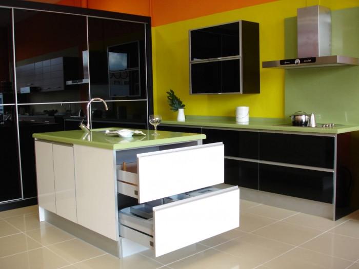 Ideas para decorar cocinas modernas 2016 ecolog a hoy - Cocinas modernas alargadas ...
