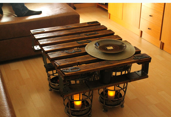 Ideas de mesas recicladas hechas con palets para el - Mesa de palets bricolaje ...