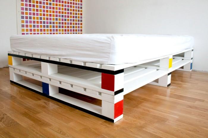 Cama-moderna-con-palets-e1448042486995