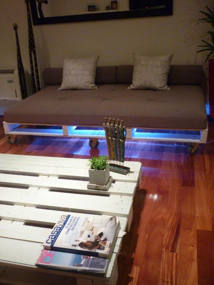 Ideas para hacer muebles reciclados cama con palets for Ideas muebles