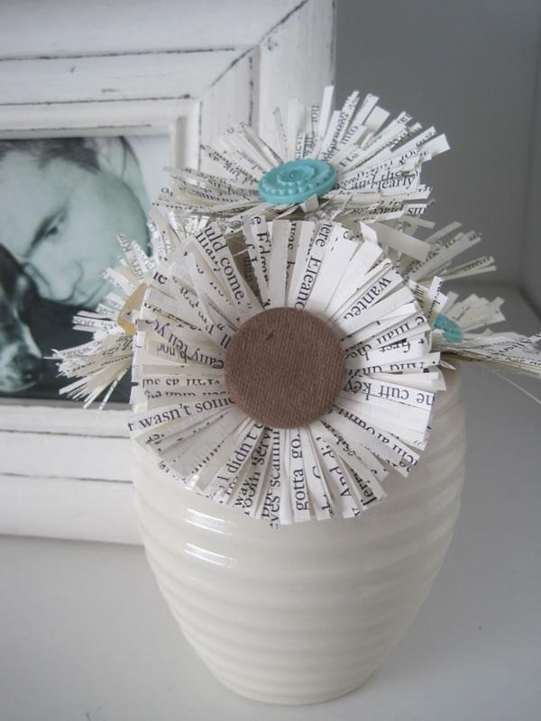C mo reciclar papel de diario y hacer cosas para la casa ecolog a hoy - Objetos reciclados para el hogar ...