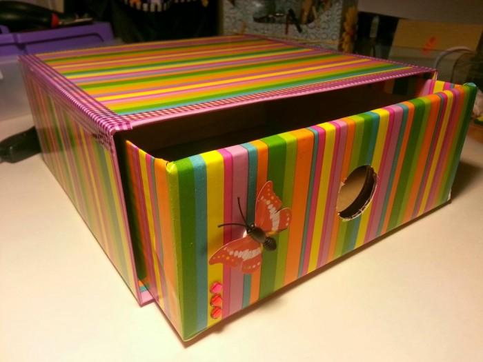 30 ideas en im genes para reciclar cajas de leche - Cajas grandes de carton decoradas ...
