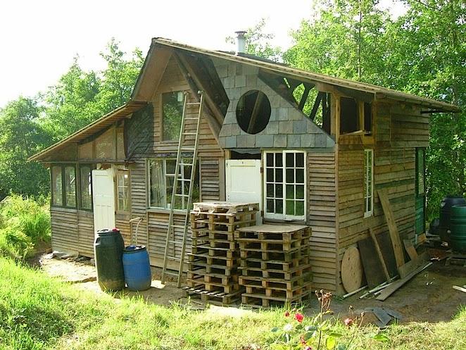 Silent Haven, una casa hecha con desechos