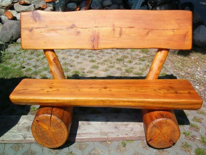 Bancos y sillas hechos con troncos ideas super originales for Banquitas de madera para jardin