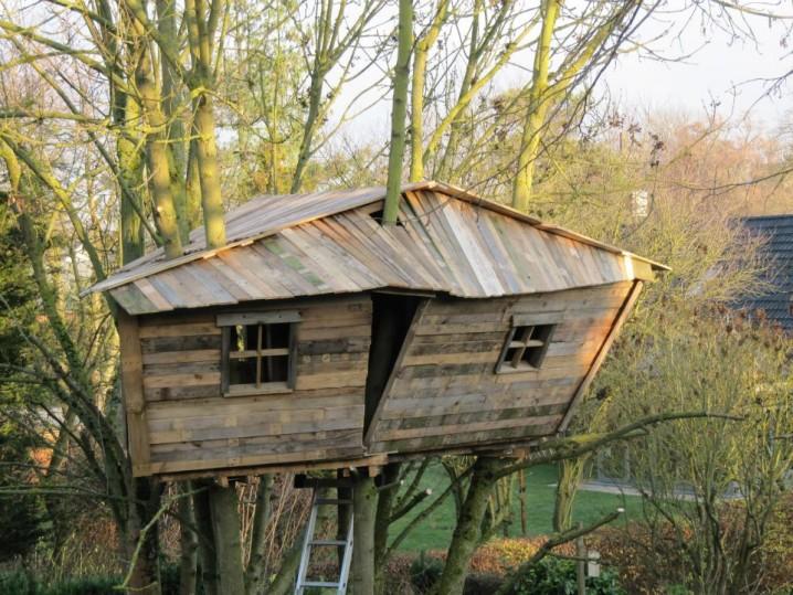 casa_en_el_arbol_palets_madera_construccion_8