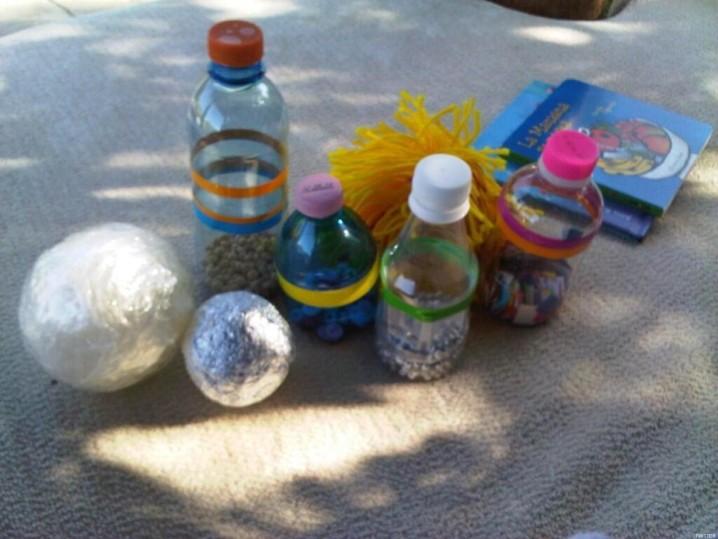 Juguetes para ni os hechos con botellas recicladas for Casas de juguete para jardin de segunda mano