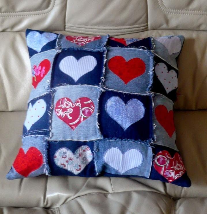 denim-cushion