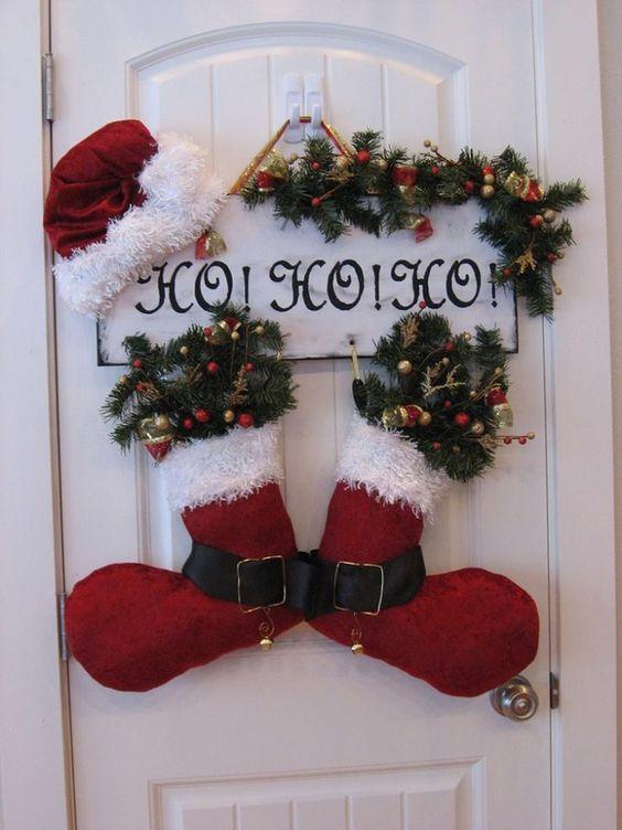 Decoraci n navide a con reciclaje adornos centros de mesa ventanas puertas ecolog a hoy - Adornos navidad con pinas ...