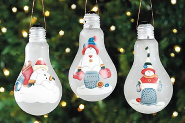 45 adornos reciclados originales para el rbol de navidad for Adornos de navidad baratos