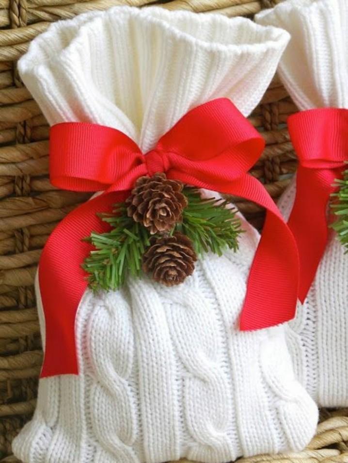 adornos-navidad-tejidos-lana-bolsa-lazo-rojo1