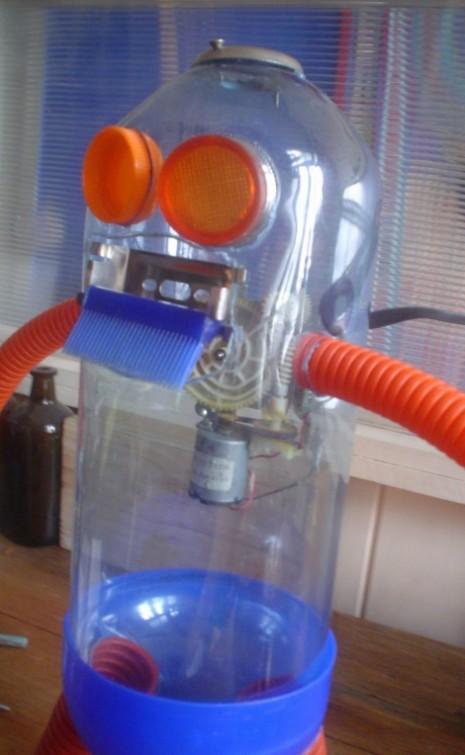 juguetes-reciclados-robot