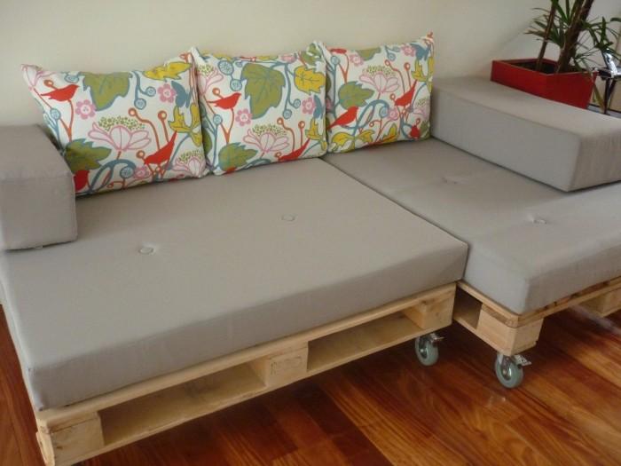 Ideas con palets para el living de 50 im genes de - Como hacer un sofa con palets ...