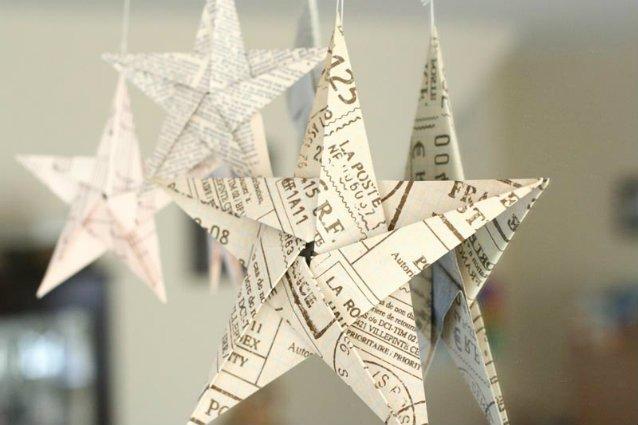 naviimperdible-suma-estos-adornos-navidenos-hechos-con-materiales-reciclados-a-tu-arbolito-1