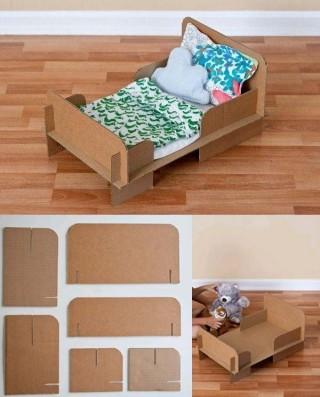 cama-de-juguete-con-carton-DIY-320x397