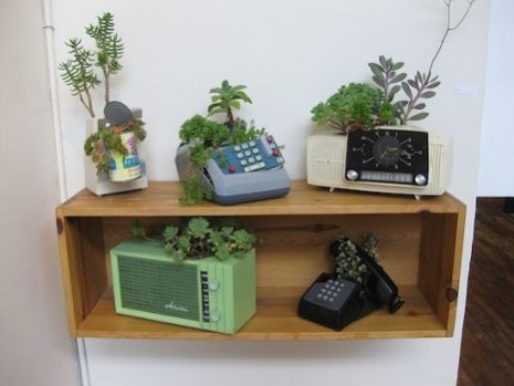 old-phones-container-gardens-660x350