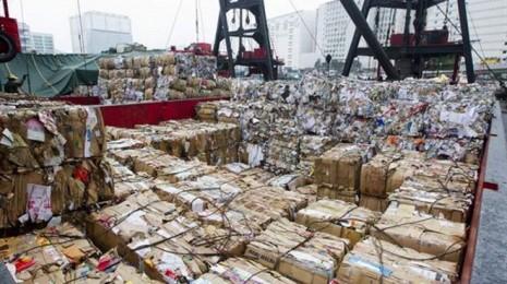Reciclar-papel-disminuye-las-emisiones-de-CO2