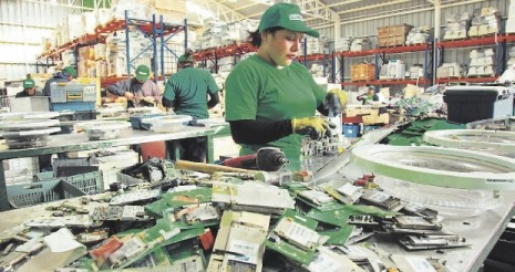 la-basura-electronica-son-minas-de-metal