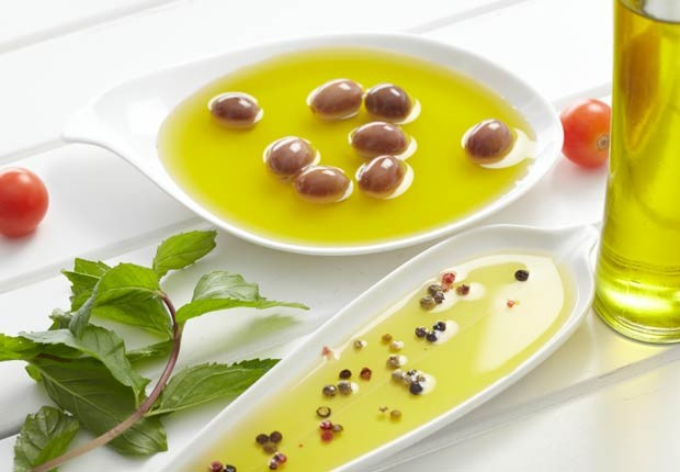 620-02-olive-oil-benefits-esp.imgcache.rev1351182469842.web