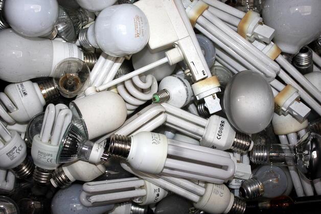 UZHJ_reciclaje-de-lamparas