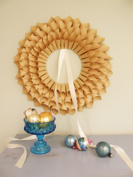 wonderful-paper-and-cardboard-christmas-decorations22