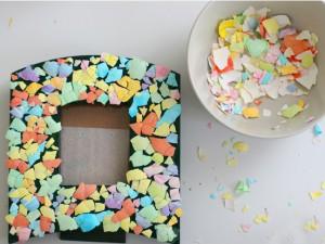 Cascaraomo-hacer-mosaico-con-cáscara-de-huevo-300x225