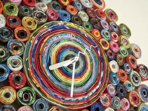 Regaloeloj-fabricado-con-revistas-recicladas