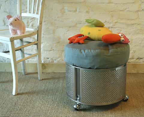 lavadora_reciclado_en_taburete_ruedas2