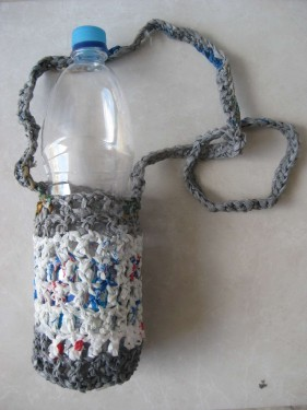mamawater-bottle-carrier-grey-white