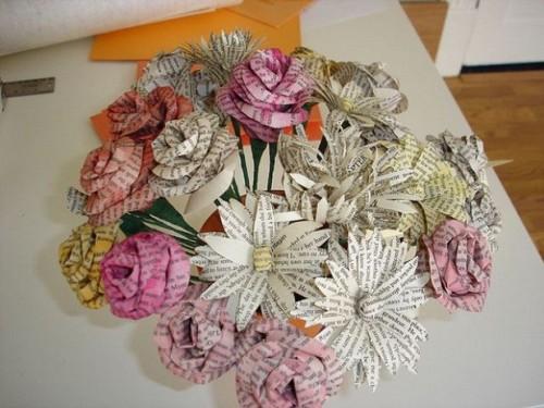 ramos-de-novia-con-papel-periodico1