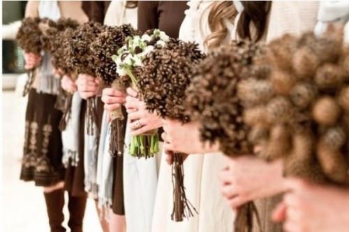 ramos1751-bouquets-de-novia-con-pi-as-rusticweddingchic2-jpg