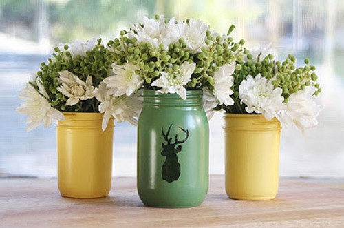 vidrioreciclaje-floreros-con-frascos-de-vidrio.jpg.pagespeed.ce.nRMGkRUG3U