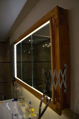 banooooooooooMueble para el lavamanos y espejo realizado con palets 2