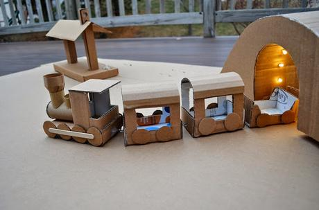 cartonjuguetes-cajas-carton-recicladas-L-AmnVFx