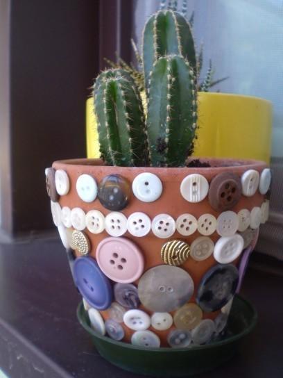 botonesmaceta-con-botones-reciclados
