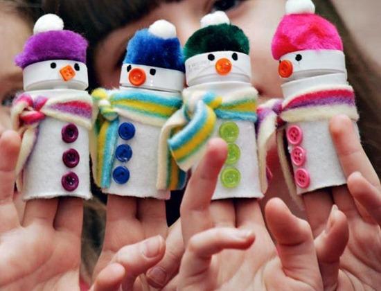 navidadMarionetas-de-mueco-de-nieve-reciclado