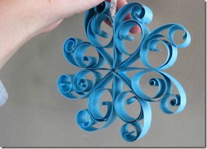 Personajes navide os hechos con tubos de papel reciclados for Ornamentacion para navidad
