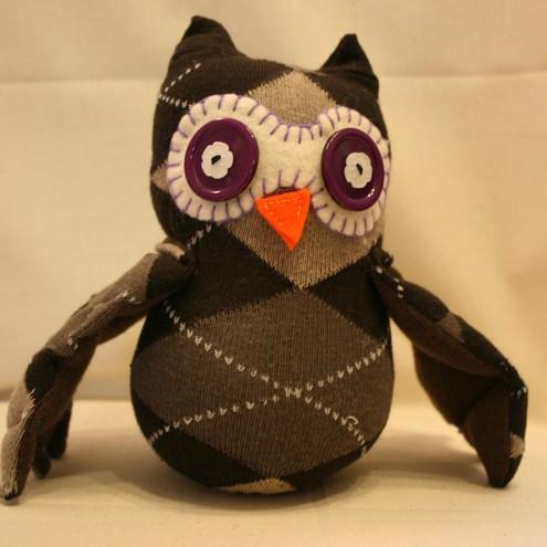 mediasOzzy_sock_owl