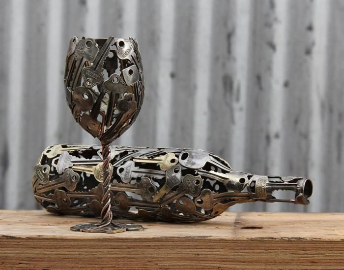 metalrecycled-metal-sculptures-key-coin-michael-moerkey-1